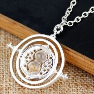 Harry Potter silvertone time turner necklace